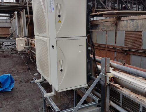 Austausch von einer Kühlanlage im Schaltraum